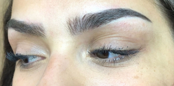 Microblading (Combination Method) - iBrowStudio Hove